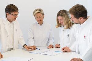 Buchinger Wilhelmi, Fasten, Heilfasten, Fasting, Health, Integrative Medicine, Arzt, Doctor, Meeting, Besprechung, Medicine,