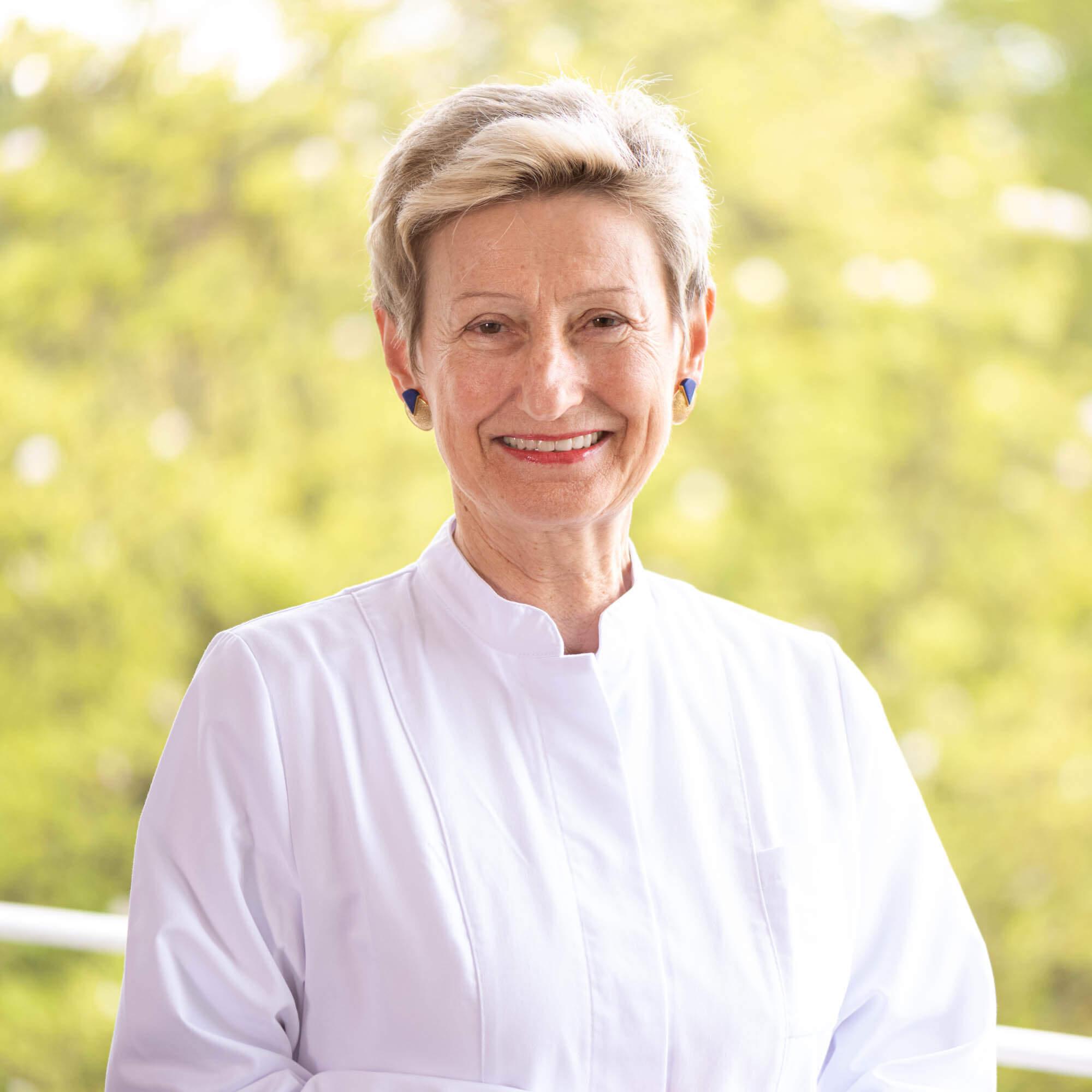 Dra. Eva Lischka