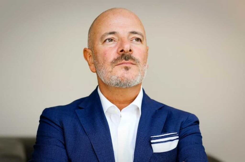 Petr Weigl portrait